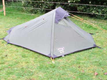Low profile of the Vango Bansee makes the tent well placed to withstand high winds ... & Review Vango Banshee 200
